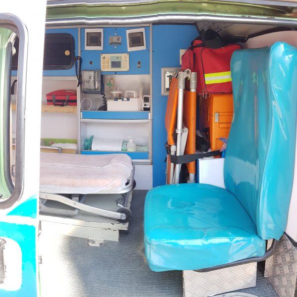 آمبولانس دلیکا